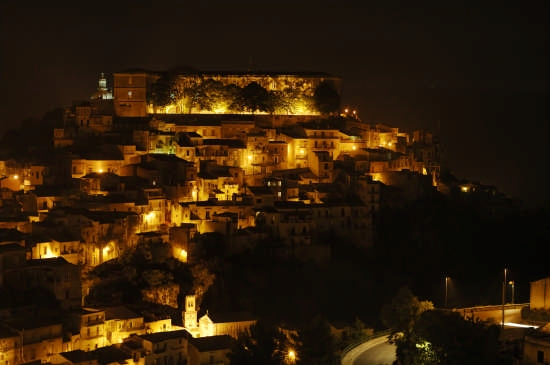 Ibla di notte - Ragusa (6816 clic)