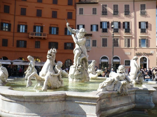 la fontana dei 4 fiumi - Roma (2599 clic)