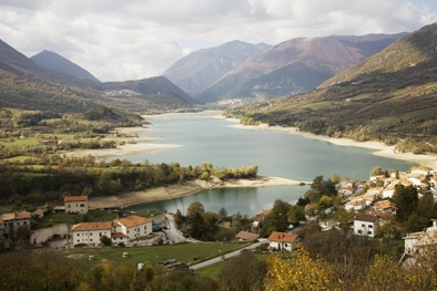 lago - Barrea (4193 clic)