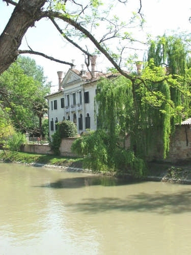 Villa Andreuzzi Bon - Dolo (3738 clic)