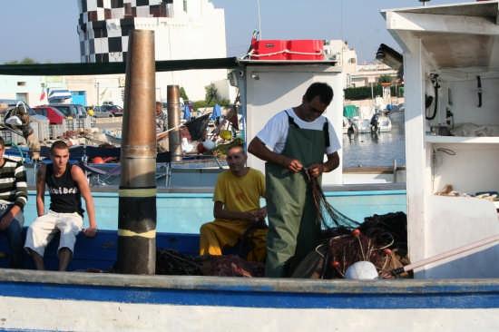 marinai al porto - Ugento (2267 clic)