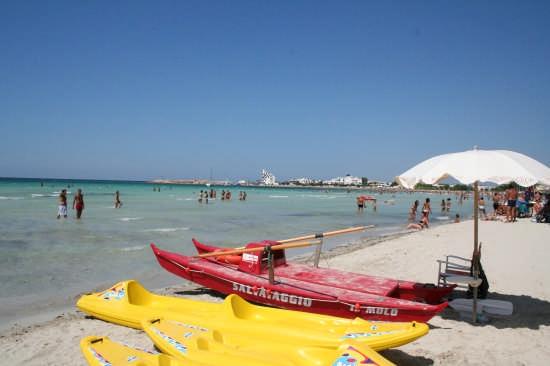 una delle spiaggie più vicine al Centro B&B - Ugento (2605 clic)