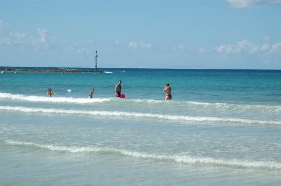 mare al porto:La spiaggia più vicina al Centro B&B a circa 400 metri dalla struttuta. Si raggiumge a piedi! - Ugento (3844 clic)