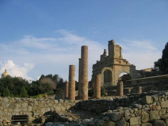 Tindari - Basilica Greco Romana - Patti (5362 clic)