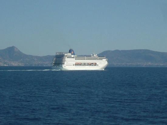 nave - Capri (3455 clic)