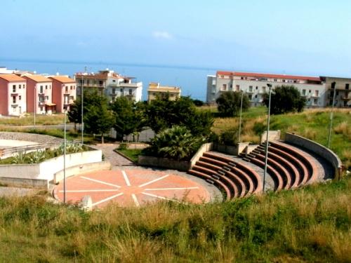 Finale - Teatro Parco Urbano (3247 clic)