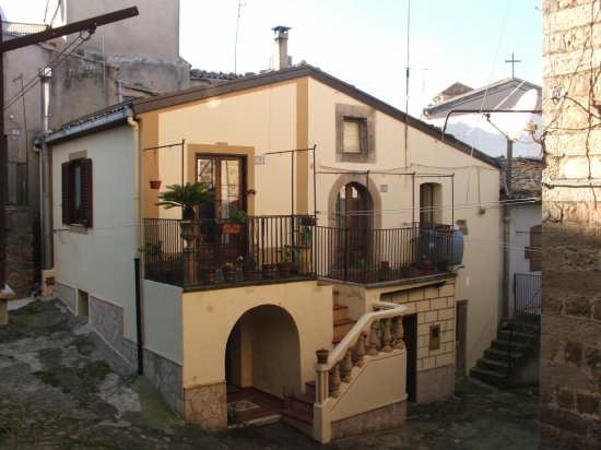 Via Fiammetta - Mistretta (3291 clic)