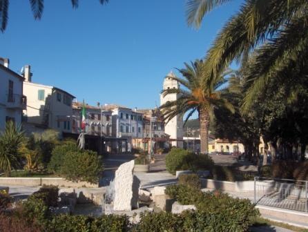 Piazza Sirolo (2808 clic)