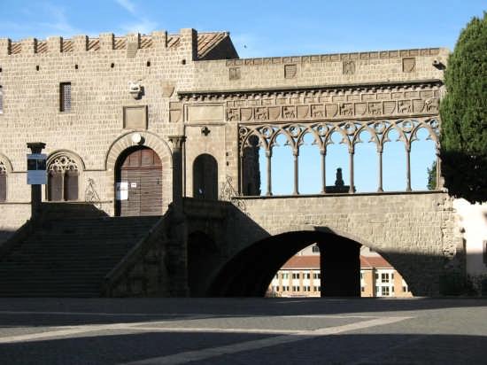Palazzo dei Papi - Viterbo (4980 clic)