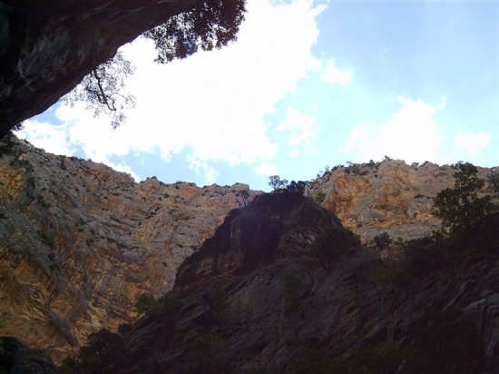 IL BELLISSIMO CANYON DEL RAGANELLO - Civita (2646 clic)