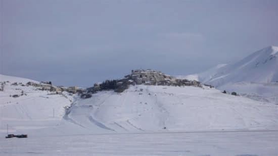 Castelluccio di Norcia (3350 clic)