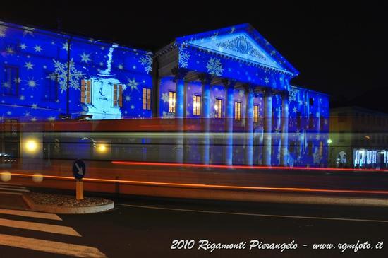 Como di notte - Natale 2010 - COMO - inserita il 14-Mar-11