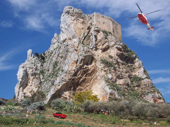 Il castello visto dal lato sud - Mussomeli (2516 clic)