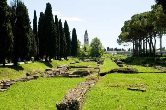 il porto fluviale - Aquileia (3239 clic)