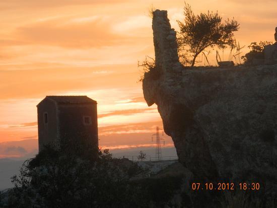 particolare parco archeologico Siracusa (1212 clic)