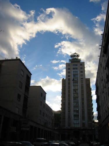 Grattacielo a Palermo (3380 clic)