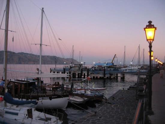 Santa Marina Salina, il porto - SALINA - inserita il 11-Feb-08