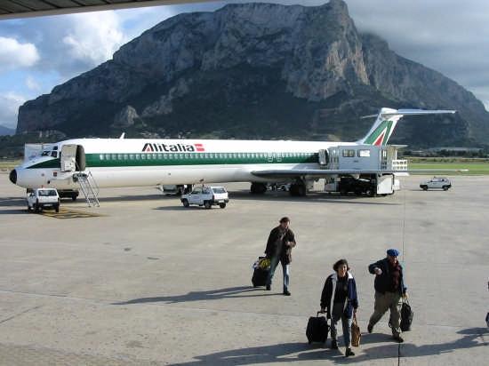 AEROPORTO DI PALERMO - Cinisi (8164 clic)