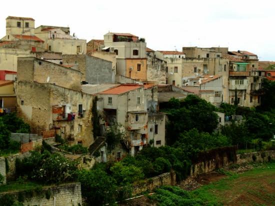 Veduta quartiere vecchio - Sassari (6488 clic)