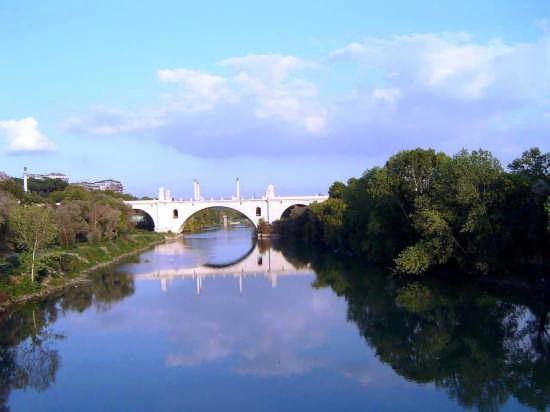 Ponte Milvio sul Tevere - Roma (14155 clic)