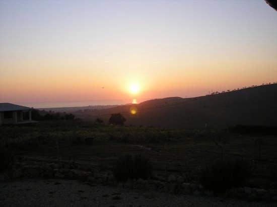 Tramonto sul castello di S.Severa - Cerveteri (2102 clic)