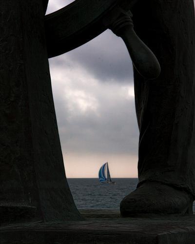 al timone.......si parte! - FINALE LIGURE - inserita il 27-May-11