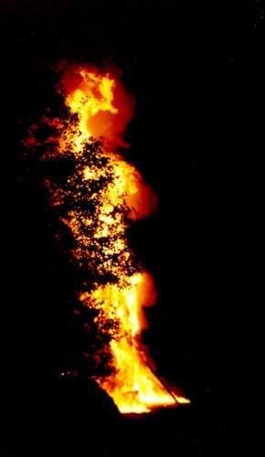 al fuoco - Scanno (1809 clic)