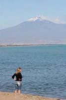 Vista sull'Etna e Catania da Agnone Bagni  - Agnone bagni (12153 clic)