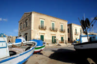 Il lungomare di Donnalucata e le barche dei pescatori  - Donnalucata (4503 clic)