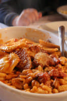 Ravioli al sugo, gnocchetti al pettine e carne di maiale al sugo  - Modica (7381 clic)