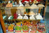 vetrina di Dolci tipici siciliani a Taormina  - Taormina (11986 clic)