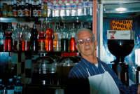Chiosco a Caltagirone - il gestore è Giacomino  - Caltagirone (7478 clic)