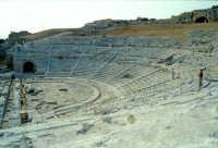 Area Archeologica - Teatro Greco  - Siracusa (1364 clic)