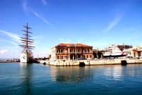 La capitaneria di porto di Siracusa ad Ortigia  - Siracusa (5581 clic)