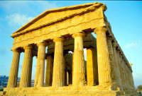 Tempio della Concordia  - Valle dei templi (1998 clic)