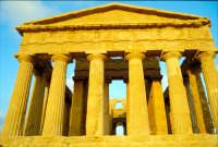 Tempio della Concordia  - Valle dei templi (1996 clic)