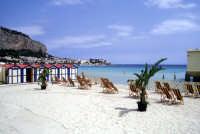 Il mare e la spiaggia di Mondello  - Mondello (9943 clic)