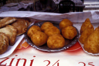 Sagra della Ricotta - arancini alla ricotta  - Vizzini (5380 clic)