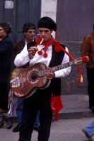 Sagra della Ricotta - musica e danze tipiche siciliane  - Vizzini (3274 clic)