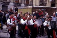 Sagra della Ricotta - musica e danze tipiche siciliane  - Vizzini (5723 clic)