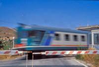 Antica littorina che percorre la tratta fra Modica e Ragusa ... sembra veloce ...   - Modica (3874 clic)