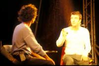 Ficarra e Picone - performance a Marina di Modica - Agosto 2003  - Marina di modica (1924 clic)