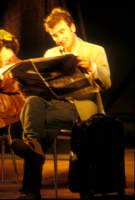 Ficarra e Picone - performance a Marina di Modica - Agosto 2003  - Marina di modica (1805 clic)