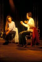 Ficarra e Picone - performance a Marina di Modica - Agosto 2003  - Marina di modica (1475 clic)