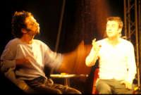 Ficarra e Picone - performance a Marina di Modica - Agosto 2003  - Marina di modica (1853 clic)