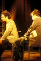 Ficarra e Picone - performance a Marina di Modica - Agosto 2003  - Marina di modica (1508 clic)