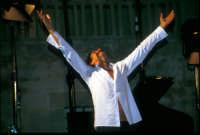 Sergio Cammariere in concerto al Castello di Donnafugata - Estate 2003  - Donnafugata (1639 clic)