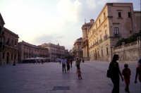 Piazza Duomo  - Siracusa (1424 clic)