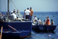 Tonnara di Bonagia - barche dei tonnaroti pronte alla mattanza  - Bonagia (2713 clic)