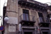 Casa di Giovanni Verga (P.zza Umberto I°)   - Vizzini (7537 clic)